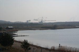 Bergbau-Technik-Park vom Markkleeberger See aus gesehen