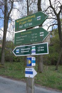 ^Zahlreiche Wanderwege im Burgsteingebiet