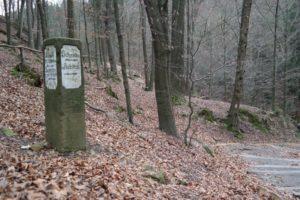 Alte Wegsäule in der Sächsischen Schweiz