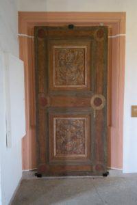 Alte Tür im Schloss Augustusburg