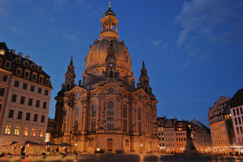 Frauenkirche vom Neumarkt aus gesehen