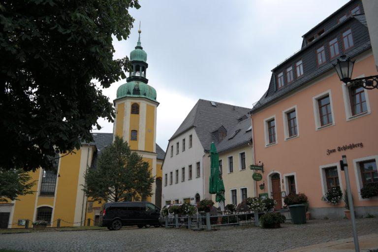 Blick auf die St.-Bartholomäus-Kirche in Wolkenstein