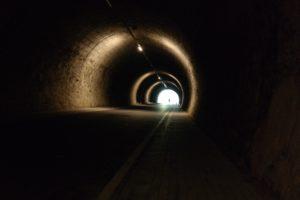 Tunnel entlang der ehem. Bahnstrecke Aue - Adorf