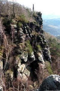 Südaufstieg am Lilienstein mit Obelisk