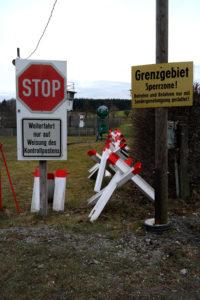 Grenzhinweise in Mödlareuth