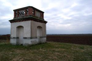 Basisende Quersa als Ausgangspunkt der Großenhainer Grundlinie und der Königlich-Sächsischen Triangulation