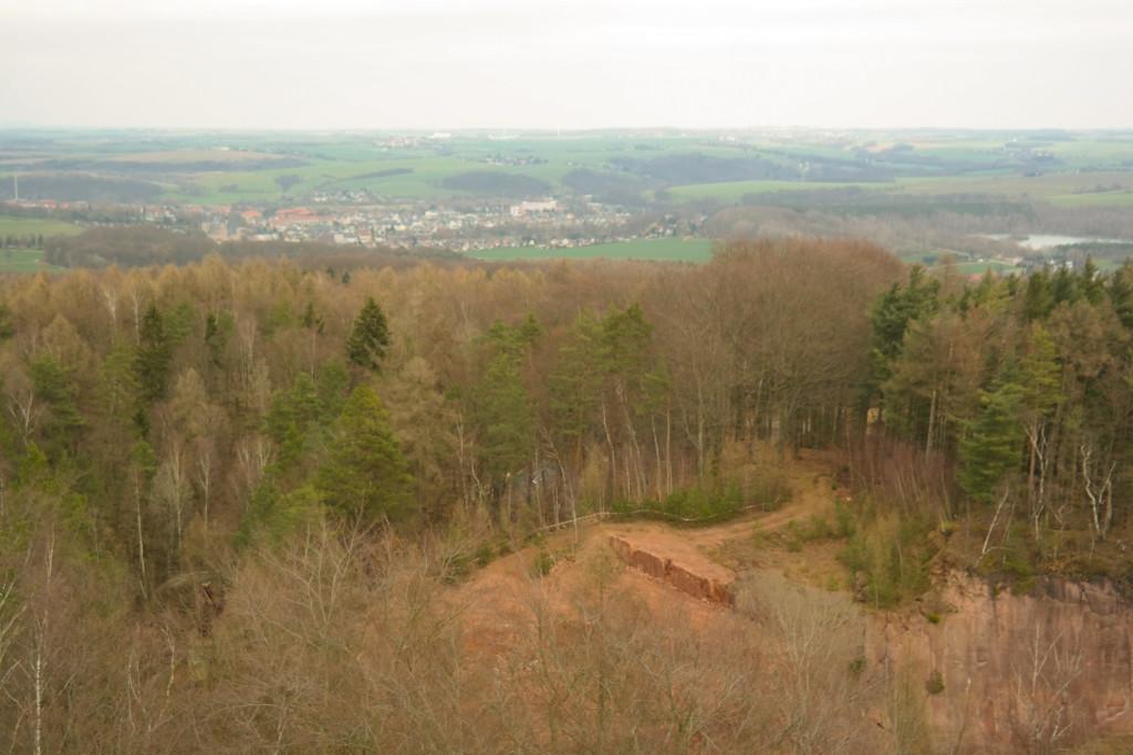 Blick auf die Porphyrbrüche auf dem Rochlitzer Berg