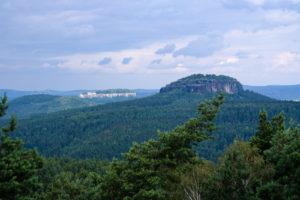 Blick auf Pfaffenstein und Königstein