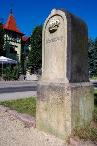 Postmeilensäule am Laubenschlösschen in Weinböhla