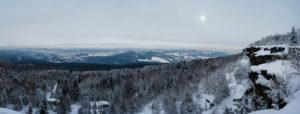 Blick auf das Böhmische Mittelgebirge
