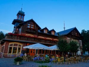 Das Gasthaus Honigbrunnen auf dem Löbauer Berg