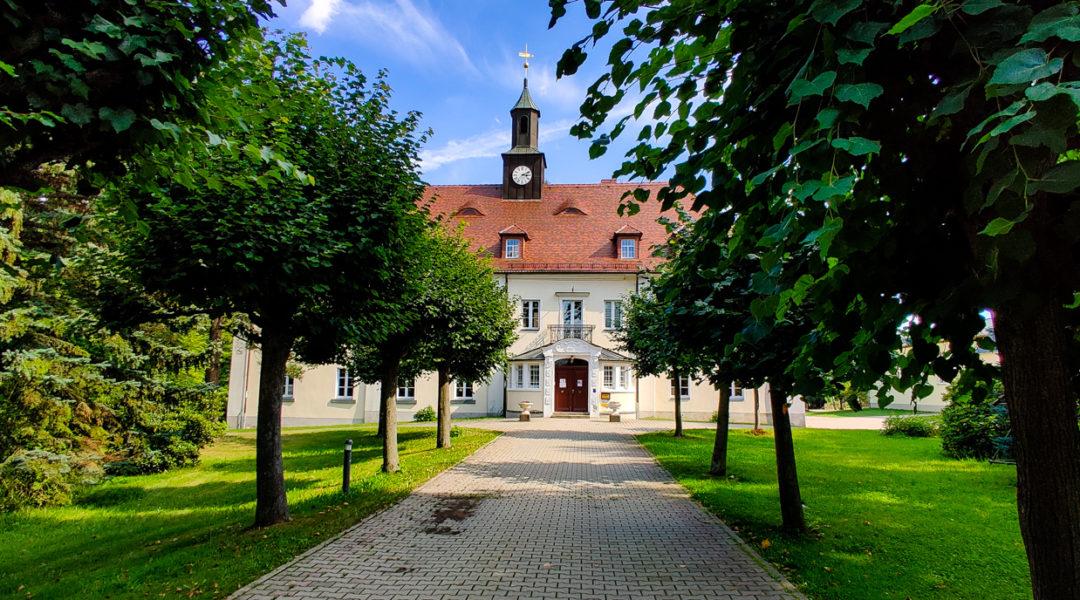 Schloss Kleindehsa, heute Grundschule
