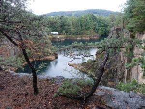 Blick auf den Königsbruch in den Königshainer Bergen
